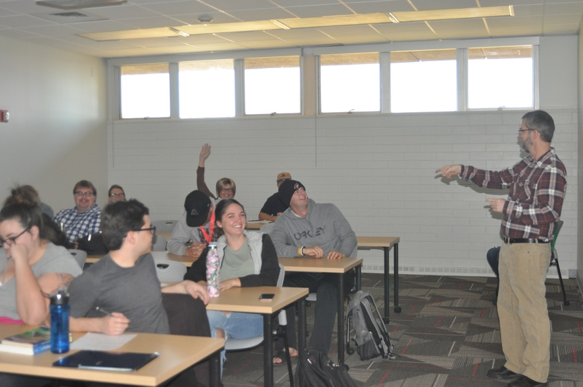Professor of Sociology Matthem Smith-Lahrman discusses a class topic by calling on individual students. Photo by Jessica Johnson.